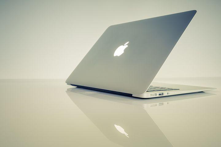 Macのパソコンはかっこいい?ノートPCをMacにして良かったこと悪かったこと